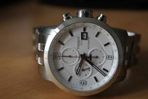 wristwatch-1766821_1920