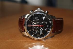 wristwatch-1766858_1920