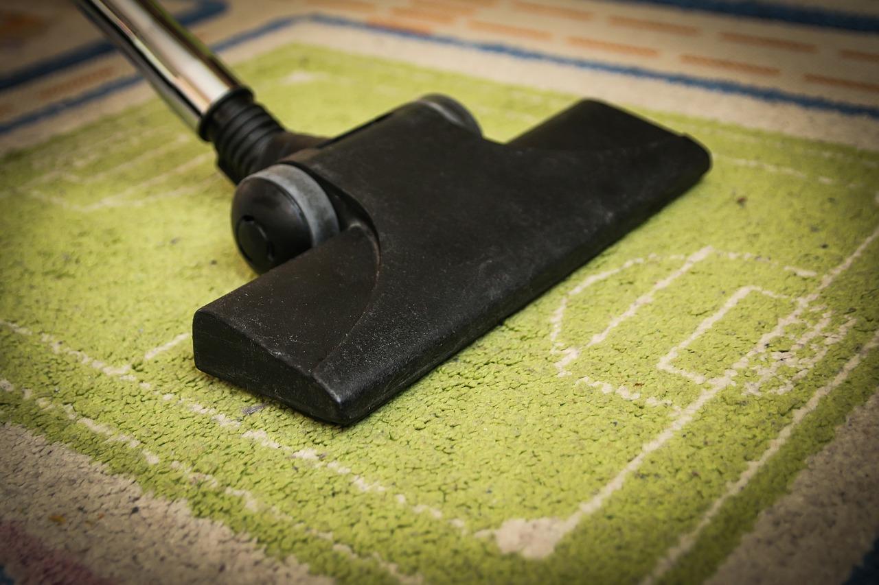 vacuum-cleaner-268148_1280